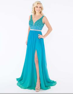 Style 77587 Mac Duggal Blue Size 4 Multicolor A-line Pageant Side slit Dress on Queenly