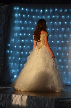 Sherri Hill White Size 4 Pageant Quinceanera Ball gown on Queenly