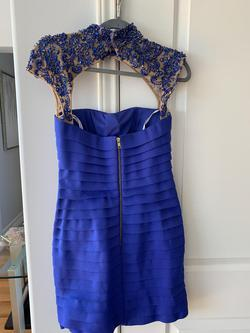 Sherri Hill Royal Blue Size 4 Jewelled Cocktail Dress on Queenly