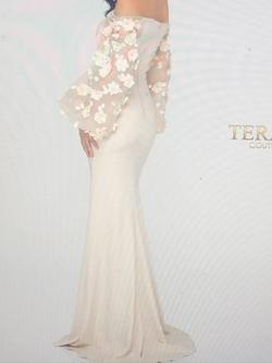 Terani Couture Nude Size 6 Sleeves Pageant Mermaid Dress on Queenly