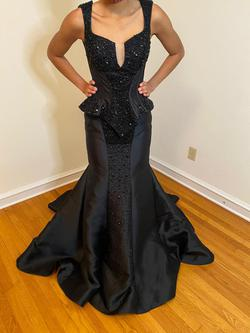 Queenly size 4  Black Mermaid evening gown/formal dress