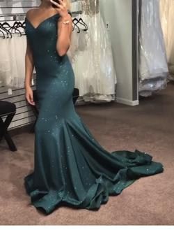 Queenly size 12 Jovani Green Mermaid evening gown/formal dress
