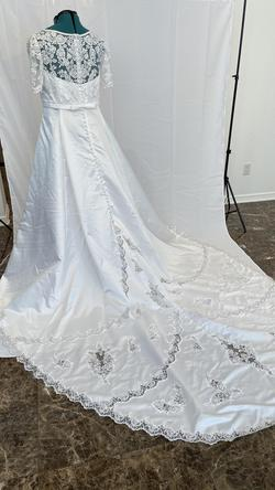 White Size 24 Train Dress on Queenly