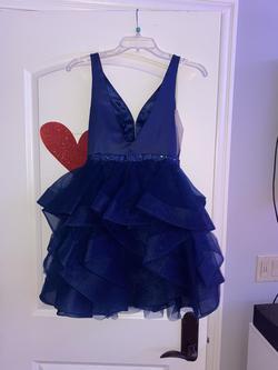 Splash Blue Size 0 Plunge Cocktail Dress on Queenly