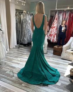 Style 47075 Jovani Green Size 0 Plunge Pageant Mermaid Dress on Queenly