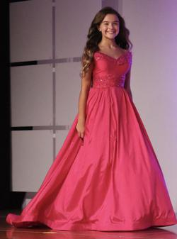 Mac Duggal Pink Size 00 Pageant Short Height Ball gown on Queenly