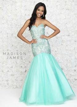 Madison James Blue Size 4 Pageant Mermaid Dress on Queenly