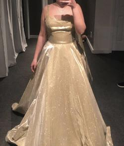 Queenly size 8 Sherri Hill Gold Ball gown evening gown/formal dress