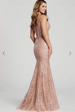 Style nan Ellie Wilde Light Pink Size 4 Prom Mermaid Dress on Queenly