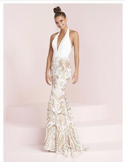 Panoply White Size 2 Prom Wedding Halter Mermaid Dress on Queenly