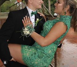 Mac Duggal Green Size 14 Mini Straight Dress on Queenly