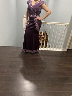 Custumes dress Purple Size 6 Mermaid Dress on Queenly