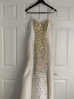 Dave and Johnny White Size 4 Jewelled Pageant Mermaid Dress on Queenly