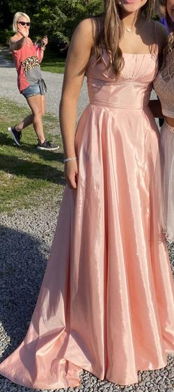Pink Size 2 Train Dress on Queenly