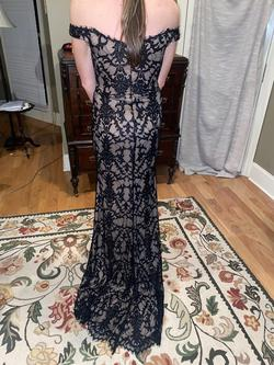 Jovani Black Size 4 Prom Straight Dress on Queenly