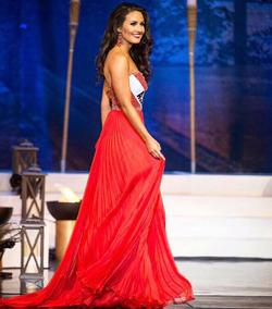 Sherri Hill Red Size 2 Plunge Pageant A-line Dress on Queenly