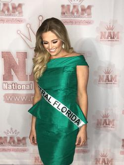Custom Green Size 4 Cocktail Dress on Queenly