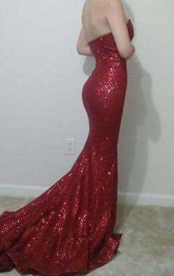 Portia & Scarlett Red Size 0 Bridesmaid Homecoming Train Dress on Queenly