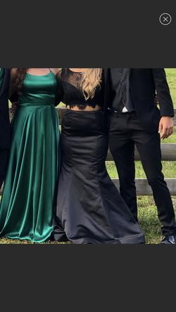 Sherri Hill Black Size 8 Two Piece Mermaid Dress on Queenly