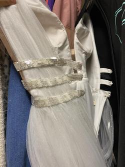 Tarik Ediz White Size 4 Mermaid Dress on Queenly