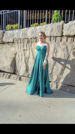 Terani Couture Green Size 2 Sweetheart Side slit Dress on Queenly
