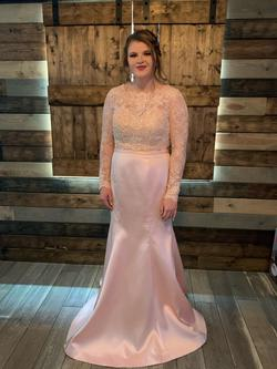 La Femme Pink Size 14 Lace Prom Plus Size Straight Dress on Queenly