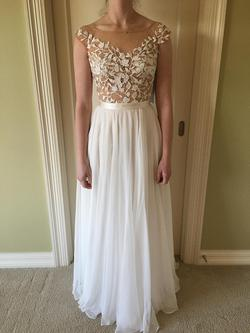 Sherri Hill White Size 0 Lace Straight Dress on Queenly