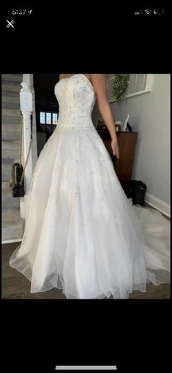 Oleg Cassini White Size 4 Wedding Train Dress on Queenly