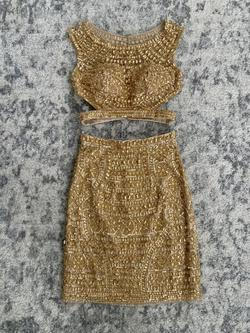 Queenly size 0 Sherri Hill Gold Cocktail evening gown/formal dress