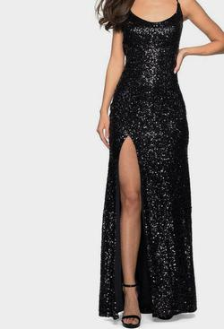 Black Size 8 Side slit Dress on Queenly