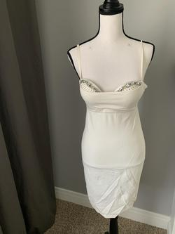 Victoria Secret White Size 2 Cocktail Dress on Queenly