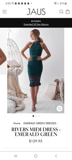 Style Rivers Two Sisters the Label Green Size 4 Lace Side Slit Cocktail Dress on Queenly