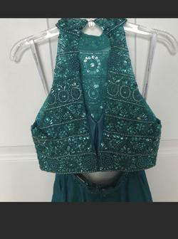 Sherri Hill Green Size 00 Prom Pageant Cocktail Dress on Queenly