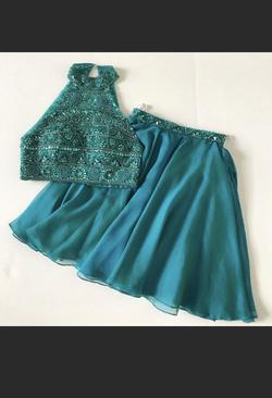 Queenly size 00 Sherri Hill Green Cocktail evening gown/formal dress