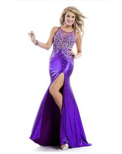 Queenly size 6  Purple Side slit evening gown/formal dress