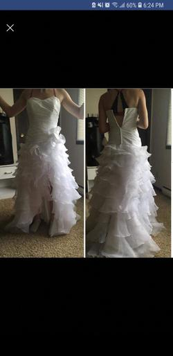 David's Bridal  White Size 6 Wedding Sweetheart Train Ball gown on Queenly