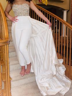 Queenly size 4 Sherri Hill White Train evening gown/formal dress