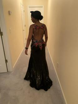 Ellie Wilde Black Size 6 Prom Side slit Dress on Queenly