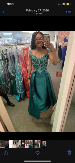 Panoply Green Size 4 Prom Cape Pageant A-line Dress on Queenly