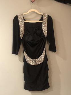 Sherri Hill Black Size 4 Tall Height Fitted Cocktail Dress on Queenly