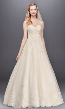 David's Bridal White Size 10 Strapless Ball gown on Queenly