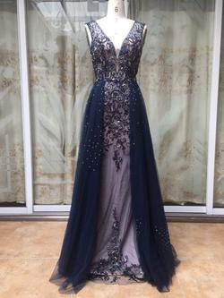 Queenly size 6  Blue Train evening gown/formal dress