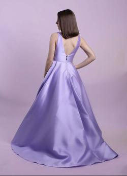 Sherri Hill Purple Size 6 Plunge Pageant Ball gown on Queenly