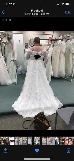 Oleg Cassini White Size 24 Ball gown on Queenly