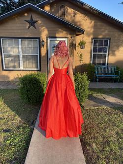 Red Size 6 Ball gown on Queenly