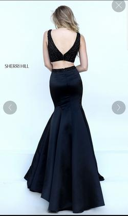 Sherri Hill Black Size 6 Prom Flare Ball gown on Queenly