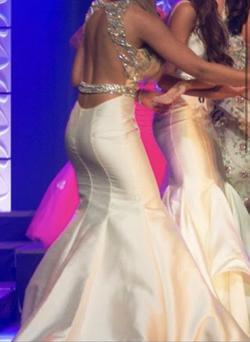 Jovani White Size 2 Pageant Halter Mermaid Dress on Queenly
