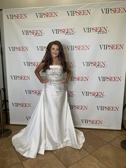 Mac Duggal White Size 6 Jewelled Strapless Straight Dress on Queenly
