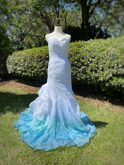 White Size 4 Mermaid Dress on Queenly