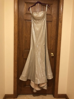 Sherri Hill Silver Size 2 Gold Side Slit Mermaid Dress on Queenly